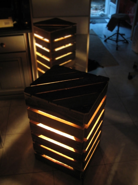 diy pallet cube light